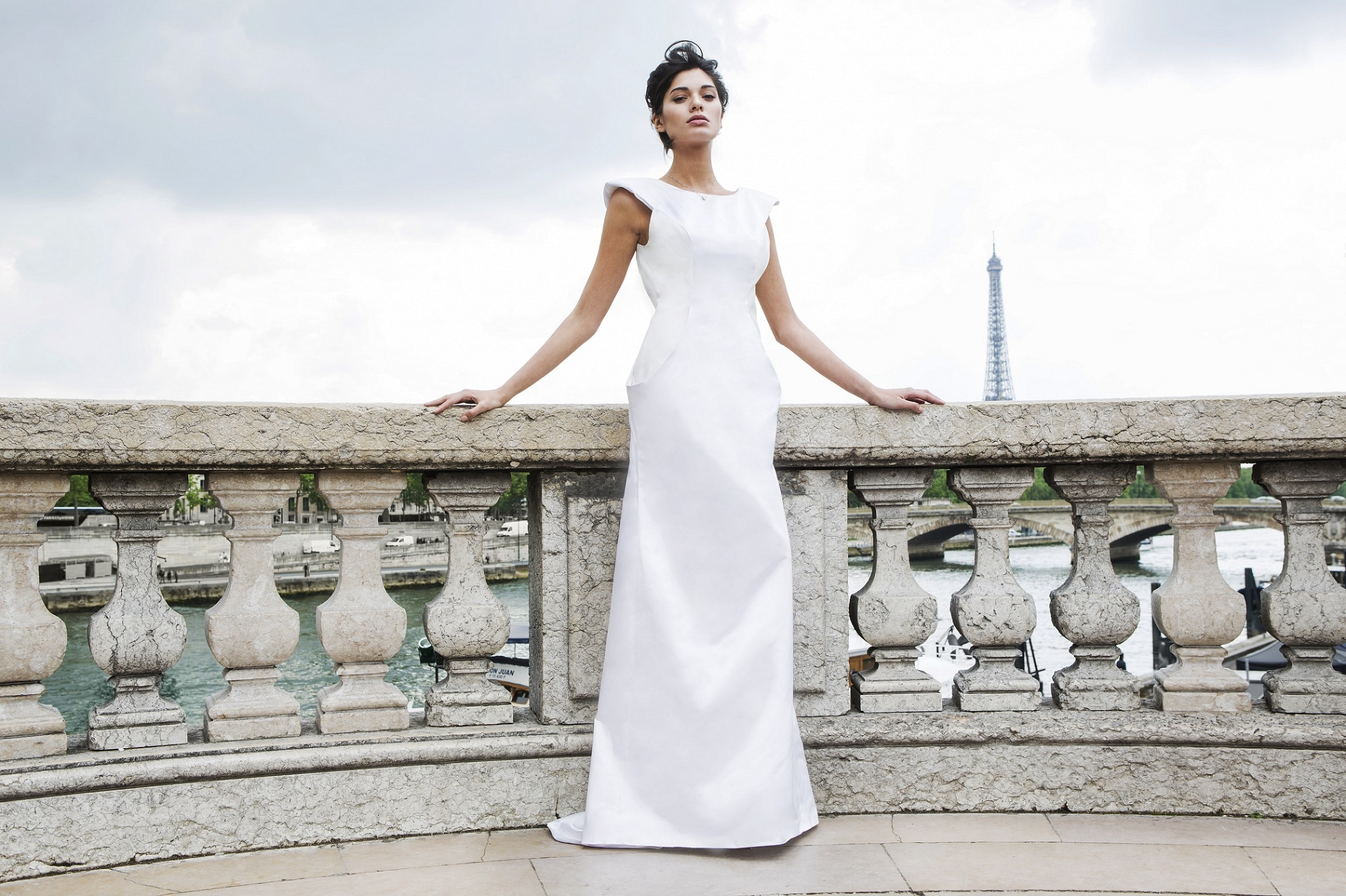 Amethyste – Leather Backless Wedding Gown