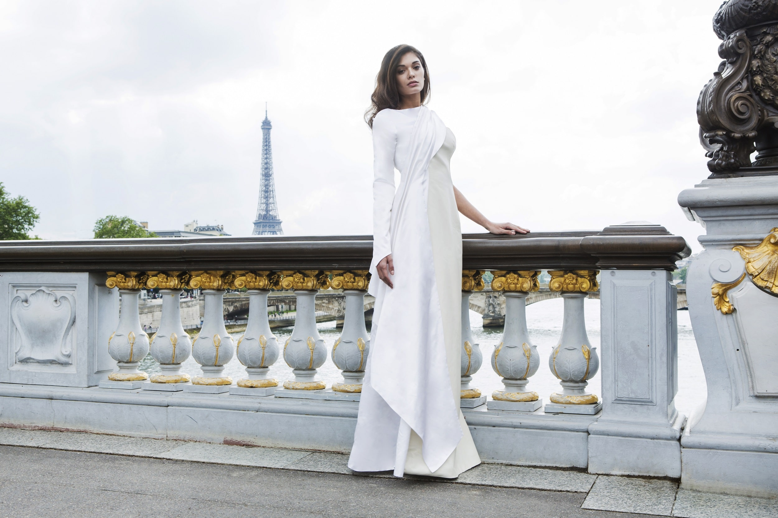 Daphné- White Leather wedding dress  by Laureen Couture