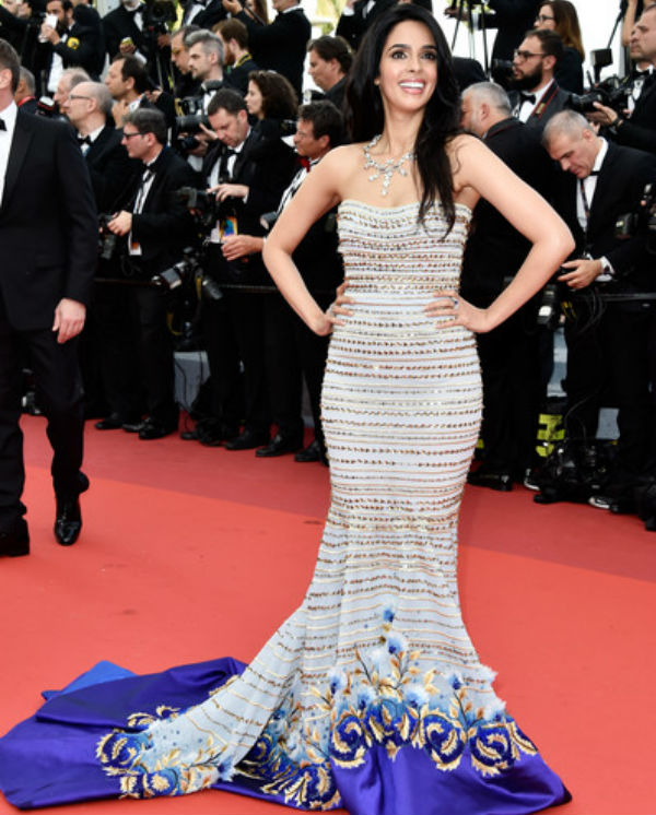 Mermaid dress of Mallika Sherawat in Cannes 2016