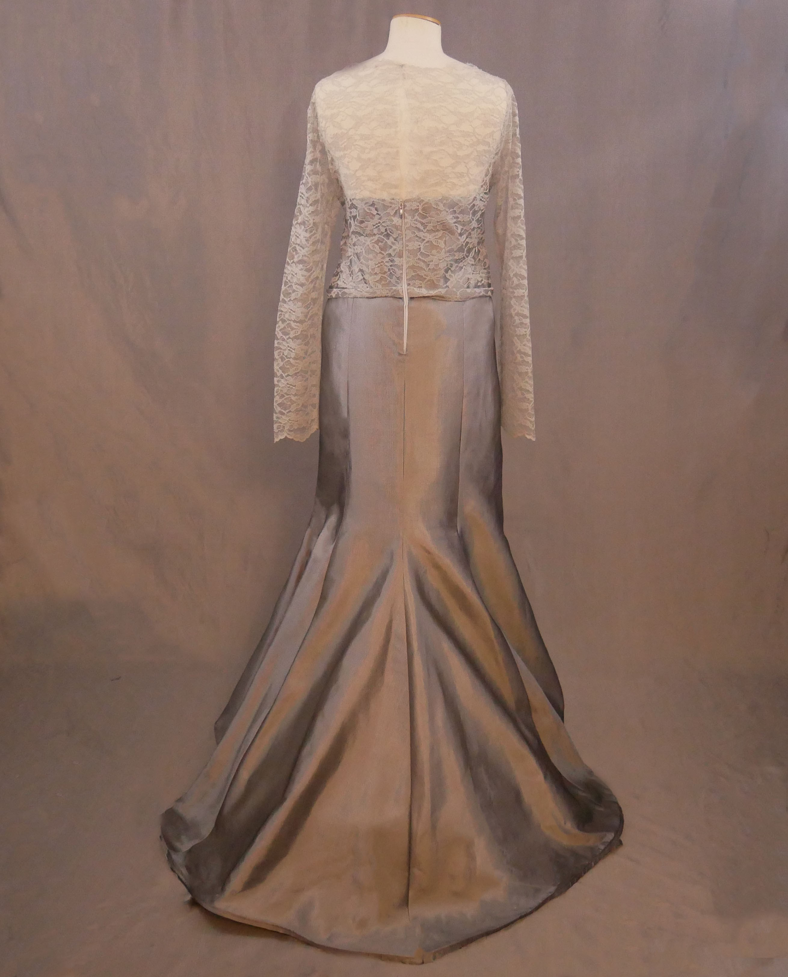 silver-evening-gown-abeja3